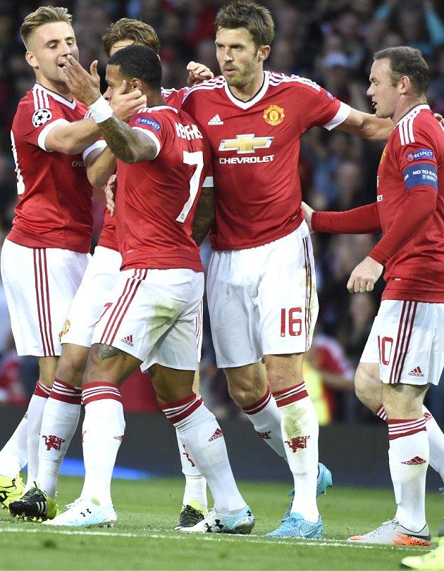 Man Utd and Man City negotiating China friendly