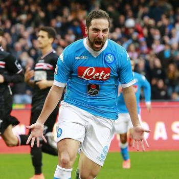 NAPOLI - Higuain rejected Chelsea offer