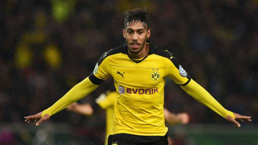 Manchester United Prepare to SMASH British Transfer Record With Swoop for Pierre Emerick-Aubameyang