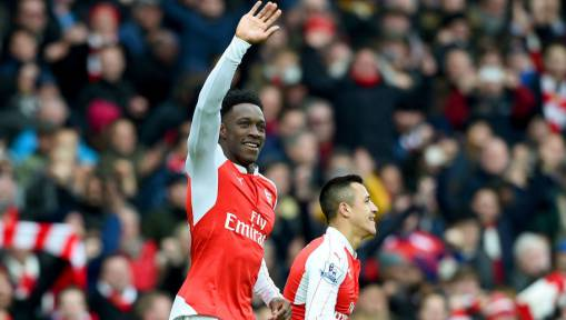 Rio Ferdinand Blasts Manchester United on Twitter for Selling Danny Welbeck To Arsenal