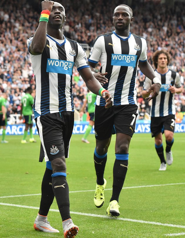 Newcastle striker Papiss Cisse declares himself fit
