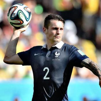 Debuchy annoyed with Arsenal