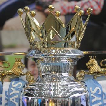ENGLAND/ OFFICIAL, MacDonald renews for Bournemouth