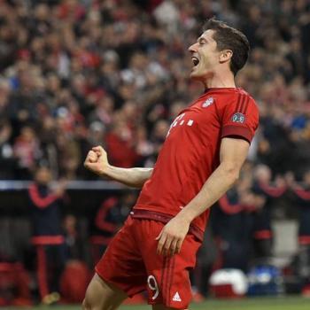 Bayern Munich - Lewandowski open to talks