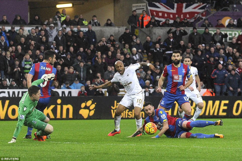 <h2>Andre Ayew's Swansea held by Crystal Palace on Adebayor's debut</h2>