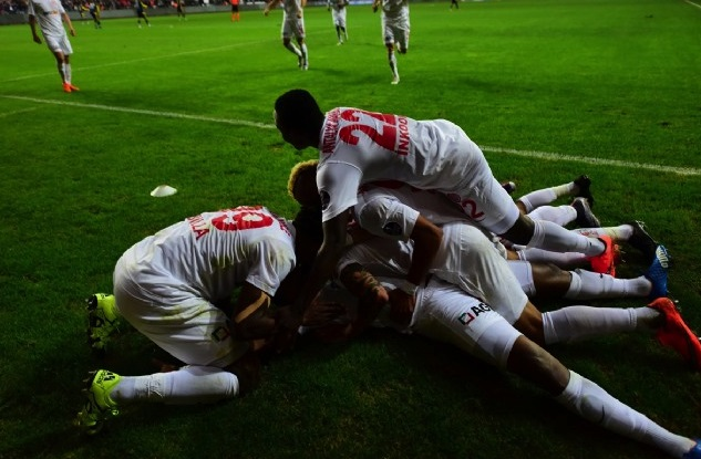 Ghana defender Samuel Inkoom helps Antalyaspor hammer giants Fenerbahce in Turkey