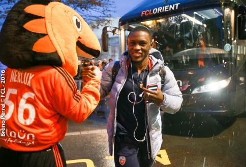 Majeed Waris early substitution in Lorient - Montpellier clash was a precautionary measure