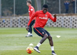Injured Ghanaian midfielder Thomas Partey steps up recovery