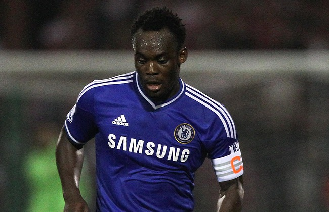 Chelsea celebrate Michael Essien's belter against Barcelona