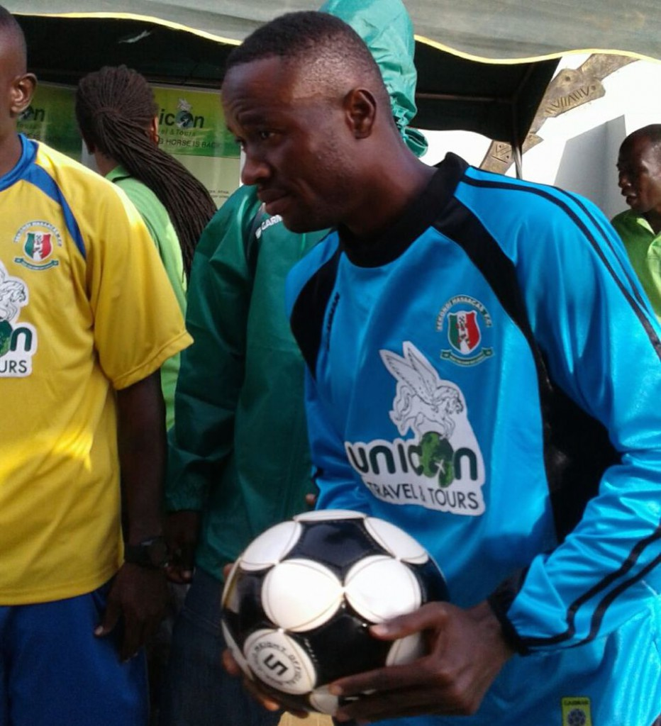 Sekondi Hasaacas receive kits package from sponsors Unicon Group of Companies.