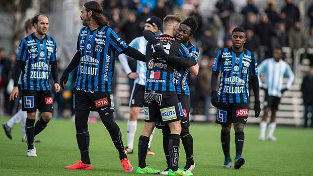 Kingsley Sarfo in action for Sirius