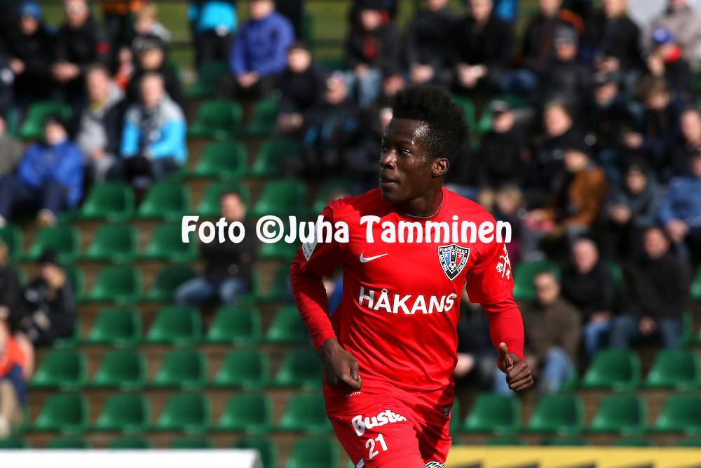 3.5.2015, Kisapuisto, Lahti. Veikkausliiga 2015. FC Lahti - FC Inter Turku. Solomon Duah - Inter