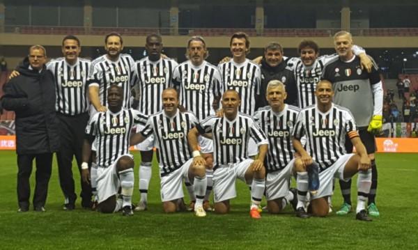 Stephen Appiah in Juventus Legends squad
