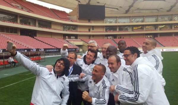 Stephen Appiah takes selfie with Juventus legends