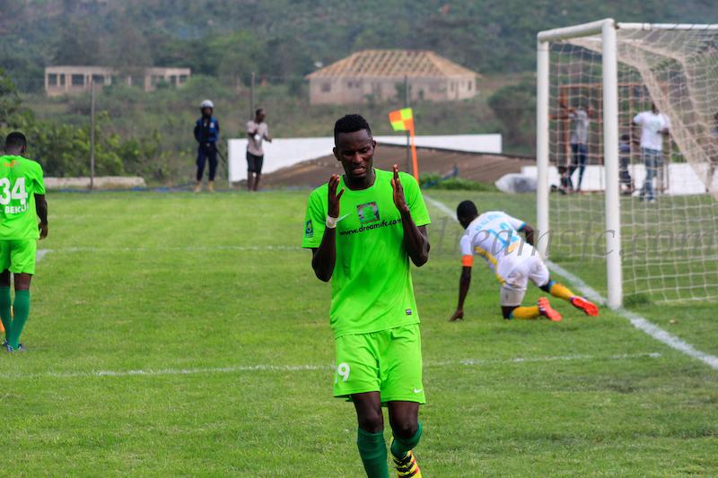 Midfielder Emmanuel Lomotey beats Eric Gawu to win Dreams FC Player of the Season