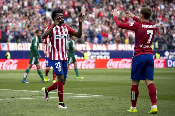 Thomas Partey celebrates his goal for Antoine Griezmann