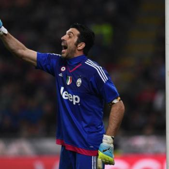 OFFICIAL/ JUVENTUS,Barzagli and Buffon extend contracts until 2018