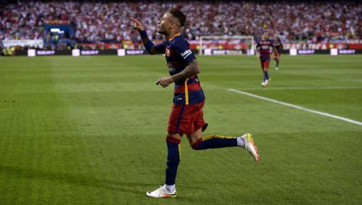 Neymar Insists He's Happy at Barcelona Despite Rumours Linking Him With an Exit