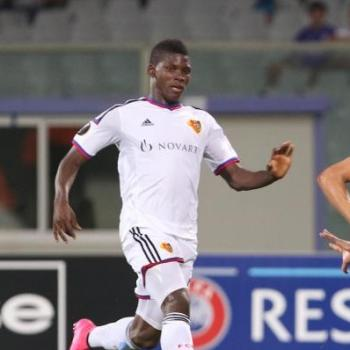 TOTTENHAM, Duel to Wolfsburg on Embolo in the viewfinder