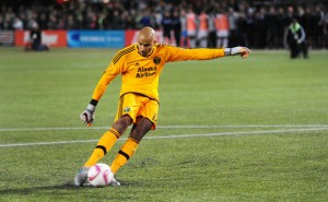 Adam Kwarasey faces more time on the sidelines, Ghana goalkeeper out until July