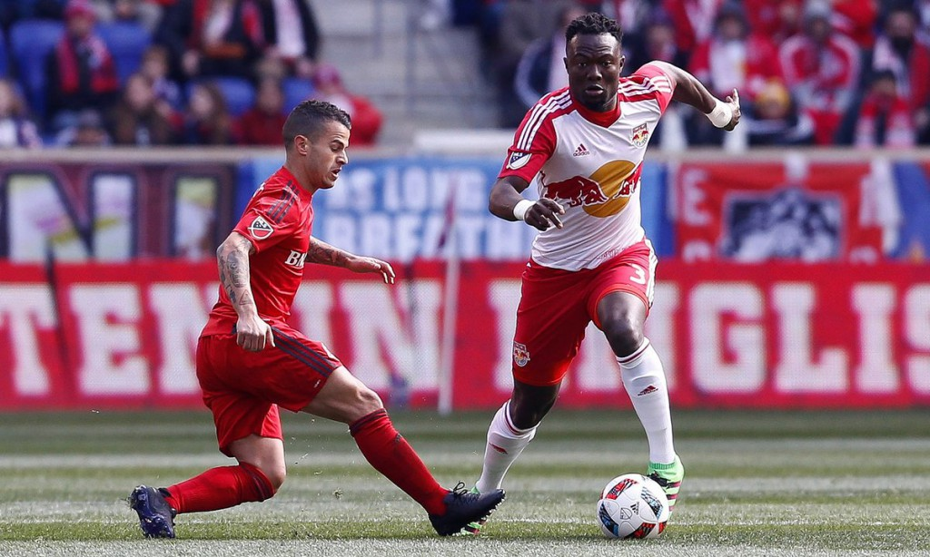 Harrison Afful and Gideon Baah share spoils in MLS meeting