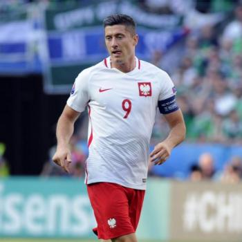 EURO 2016 - Switzerland 0 - 1 Poland - Half time report
