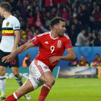 BOURNEMOUTH & WBA - Keen on Euro 2016 clutch man ROBSON-KANU
