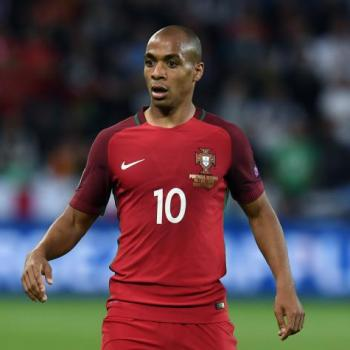 TOTTENHAM - Duel to CHELSEA and UNITED on JOAO MARIO