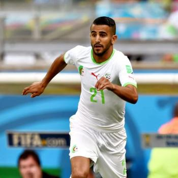 MAHREZ's entourage in talks with ARSENAL