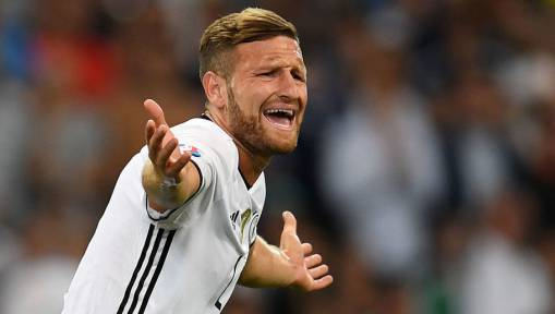Arsenal 'Make Contact' With Agent Over Deal for World Cup Winner Shkodran Mustafi