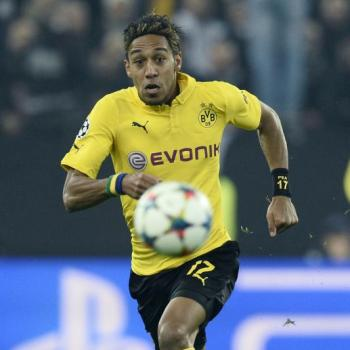 BORUSSIA DORTMUND star Aubameyang calms down REAL MADRID rumours
