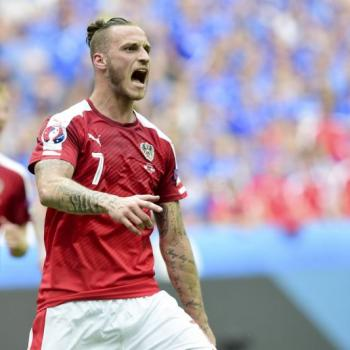 STOKE CITY star Arnautovic won't join EVERTON