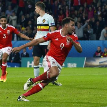 SEVILLE & ATLETICO MADRID have shown interest in Robson-Kanu