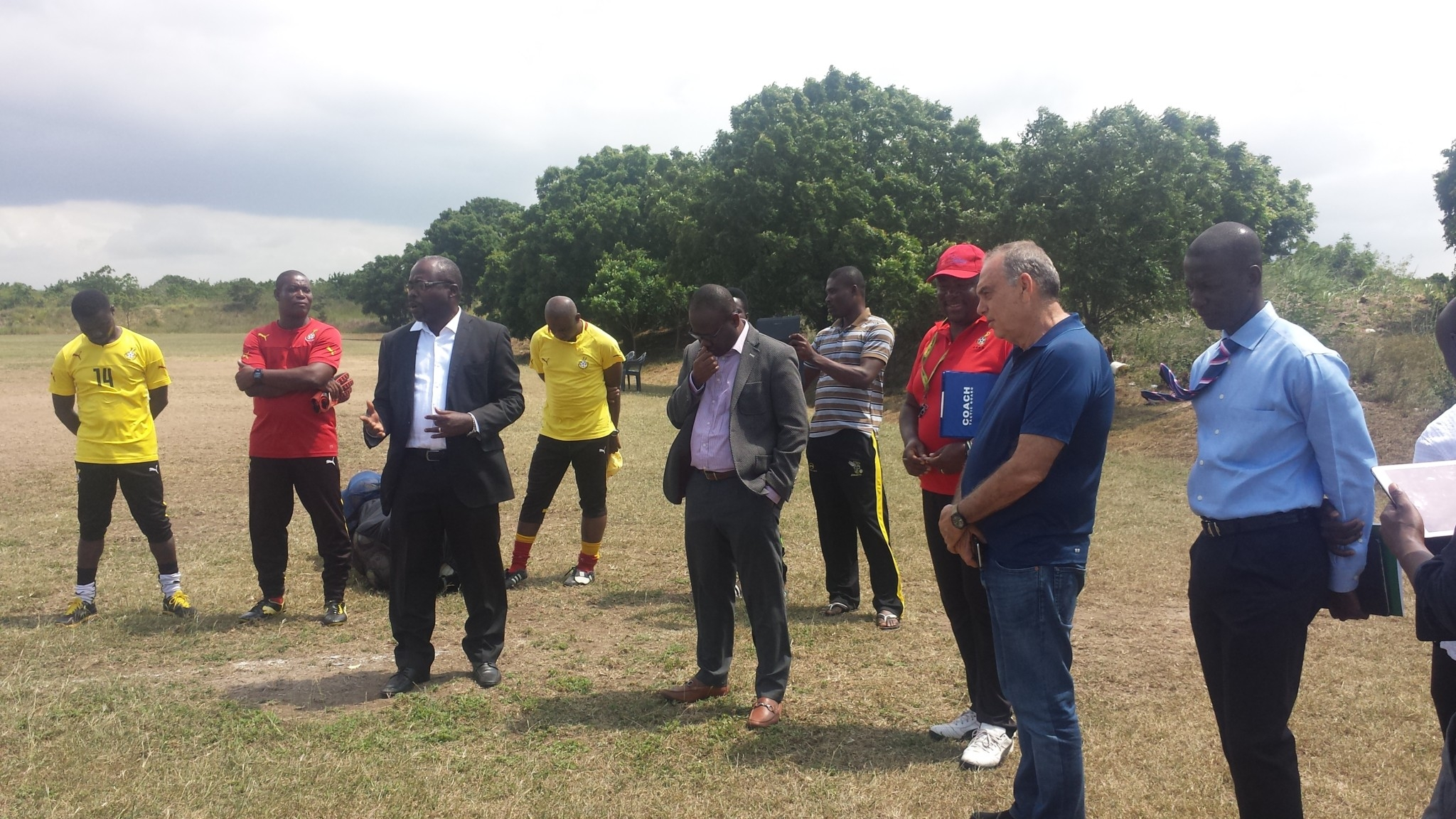 Ghana FA chief, Avram Grant inspire Black Starlets with surprise training ground visit