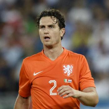 OFFICIAL: Watford sign Janmaat