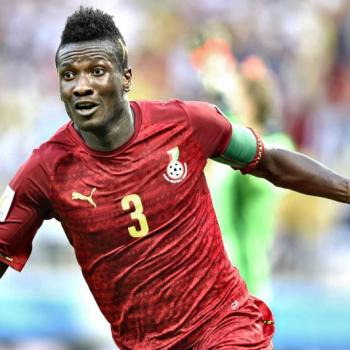 Asamoah GYAN attending medical for READING