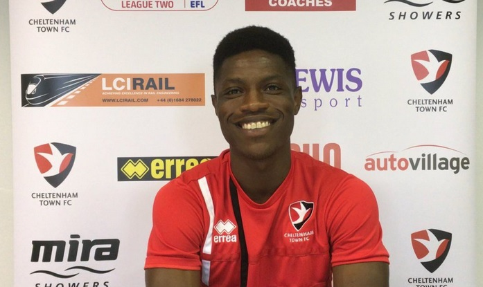 Ghanaian winger Koby Arthur on trials at Solihull Moors