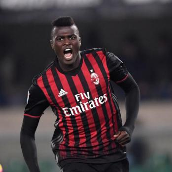 ARSENAL keen on MILAN striker Niang