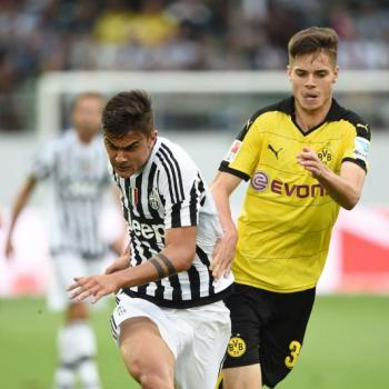 BORUSSIA DORTMUND set to triple Weigl wages