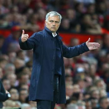 MAN UNITED boss Mourinho mad at Conte for crazy celebration after 4-0