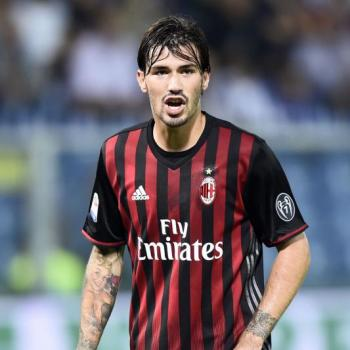 AC MILAN - ROMAGNOLI not willing to leave despite CHELSEA courtship