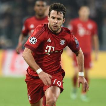 MAN CITY - Guardiola ready to bid £ 20m on BAYERN's Bernat