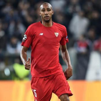 LEICESTER - £25m target N'Zonzi in talks over new Sevilla contract