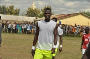 Angry Bechem United striker Abednego Tetteh vows to terminate contract, offered shocking GHC10 at the end of season