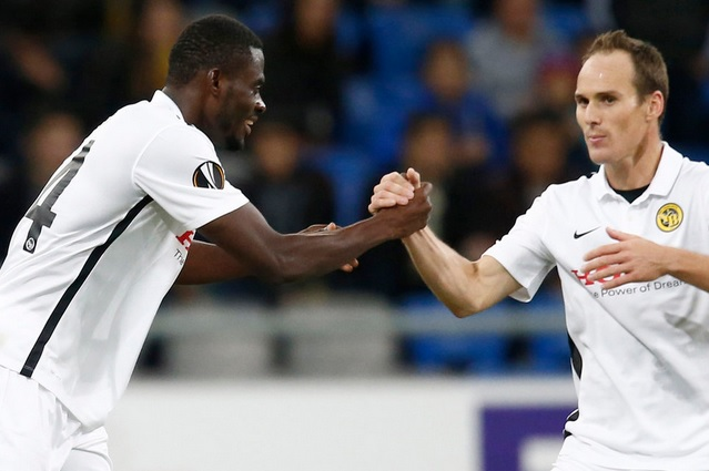 Ghanaian defender Kasim Nuhu earns admiration of Young Boys manager Adi Hutter after impressing on Europa League debut