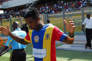 'Incoming' Aduana Stars coach Kenichi Yatsuhashi makes Hearts ace Robin Gnagne top target