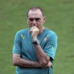Under-pressure Ghana coach Avram Grant linked with vacant 1860 Munich job