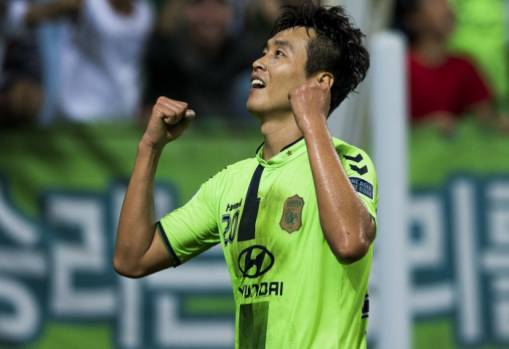 Lee aiming higher with Jeonbuk