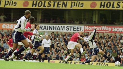 5 Classic Encounters Between Man Utd and Tottenham Ahead of This Weekend's Clash