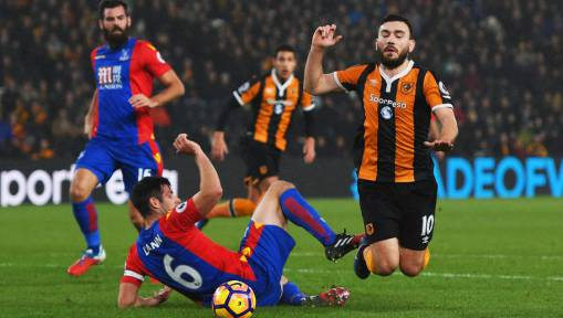 Mike Phelan Admits 'Weird' Refereeing Decisions Had an Impact in Hull's 3-3 Thriller